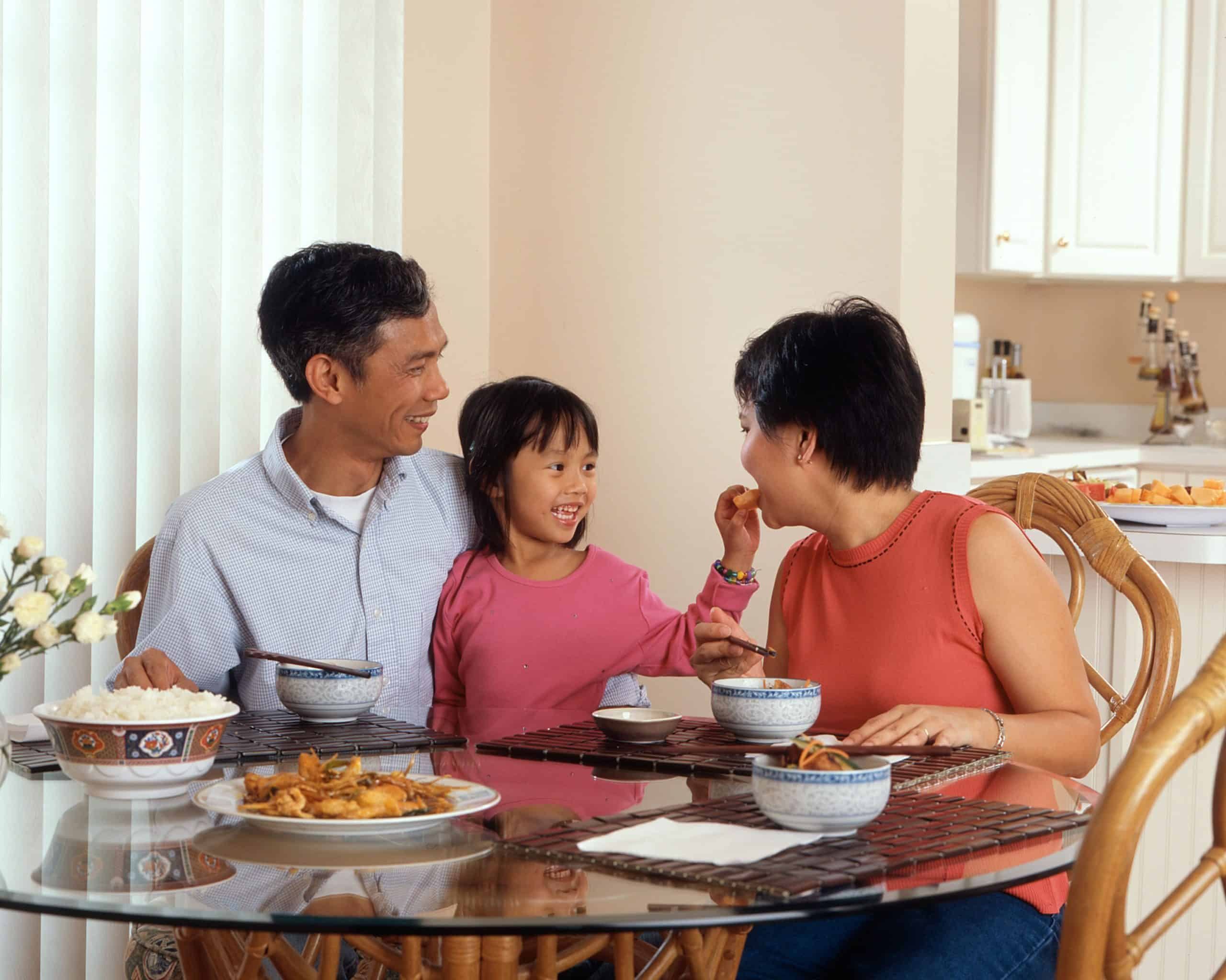 Maintaining a Healthy Eating For Better Relationship